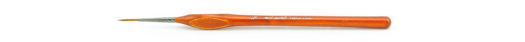 Mont Marte size 2/0 short handled Taklon Liner artist's painting brush